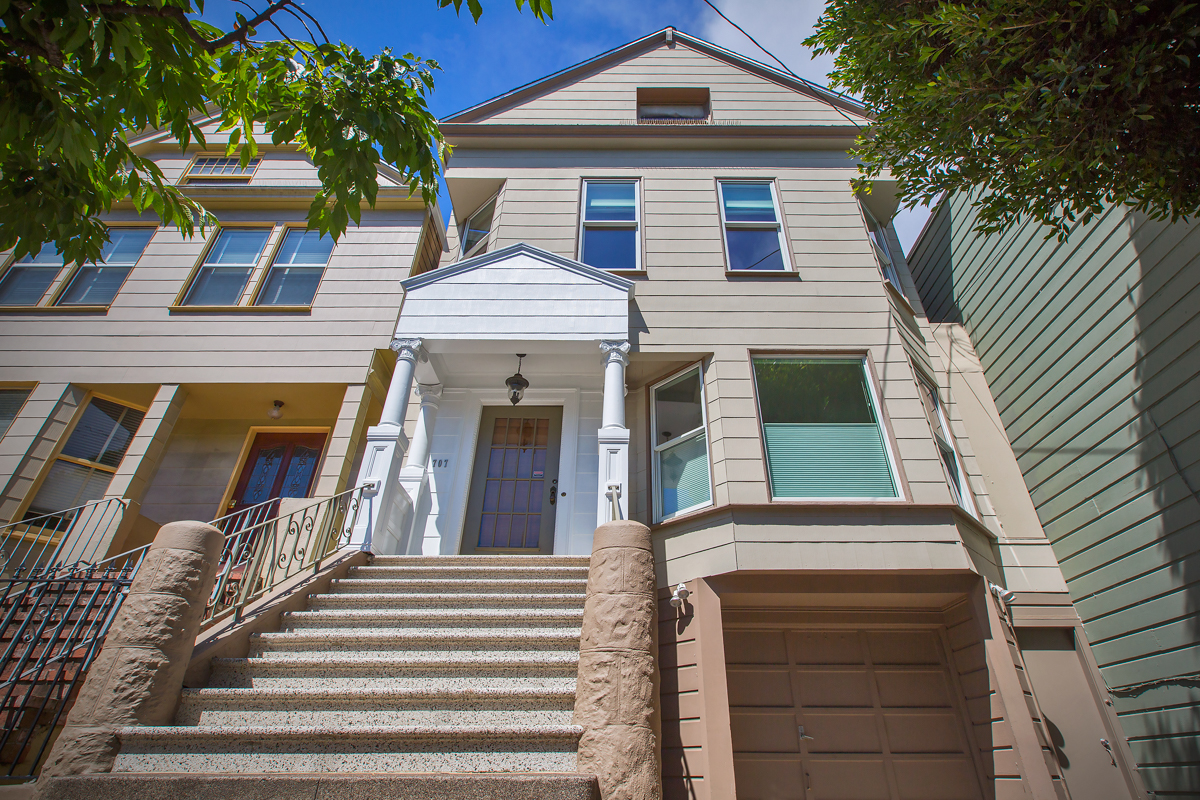 Charming, Renovated 1896 Victorian