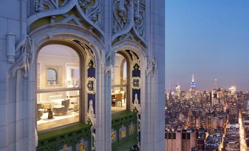 The Woolworth Tower Remains a New York Downtown Classic